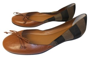 Fendi Designer Ballet Leather Toe Made In Italy brown Flats