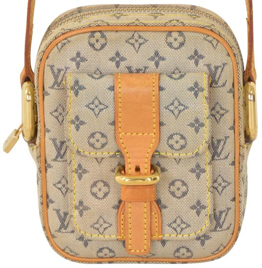 Preload https://item4.tradesy.com/images/louis-vuitton-juliette-blue-monogram-mini-pm-shoulder-m92005-navy-leather-and-canvas-cross-body-bag-20358843-0-1.jpg?width=440&height=440