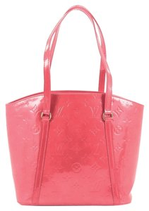 Louis Vuitton Vernis Tote in Red