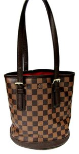 Louis Vuitton Lv Damier Marais Shoulder Bag