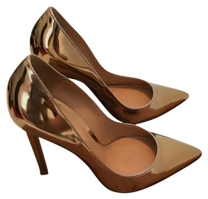 Gianvito Rossi Gold Pumps