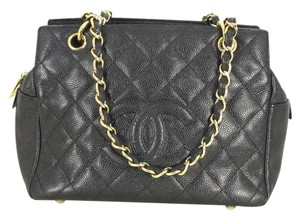 Chanel Caviar Leather Quilted Shoulder Bag