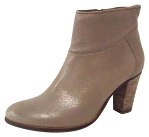 Steve Madden Leather Warned Ankle Taupe Boots