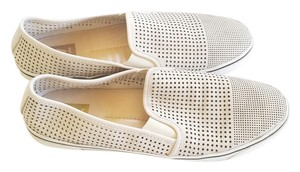 Dolce Vita Silver Grey Like New Modern Creamy/light silver Flats
