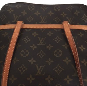 Louie Vuitton coussin gm Tote in monogram brown