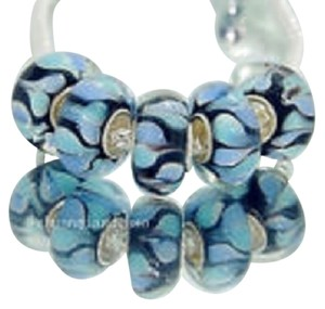 Bella & Chloe SET OF 6 ~~European Style Murano Lampwork Glass Beads, 4mm hole, A Beautiful Bead. Black with Blue Hearts.