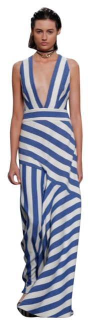 Item - Blue and White Asymmetrical Flare Long Formal Dress Size 6 (S)