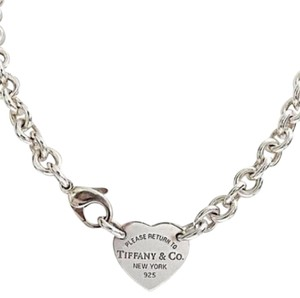 Tiffany & Co. CLASSIC!!! Tiffany & Co. Return to Tiffany Heart Tag Choker Sterling Silver. 100% Authentic Guaranteed!!!! Comes with Complimentary Tiffany Blue Colored Polishing Cloth!!!!!