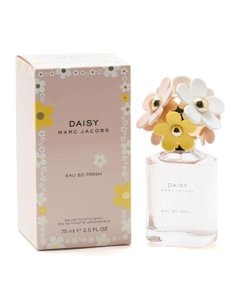 Marc Jacobs Daisy Eau so Fresh by MARC JACOBS 2.5 oz Spray