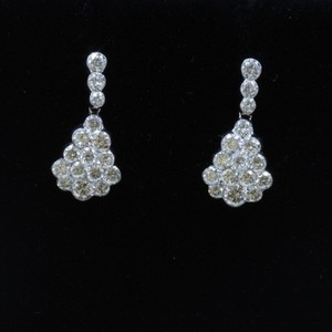 Dignity Jewels 18K White Gold And Diamond Earring Round Shape Diamond