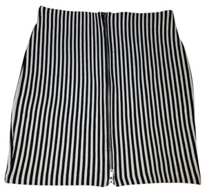 Divided by H&M Pencil Mini Striped Stretchy Bodycon Skirt Black/White Stripes