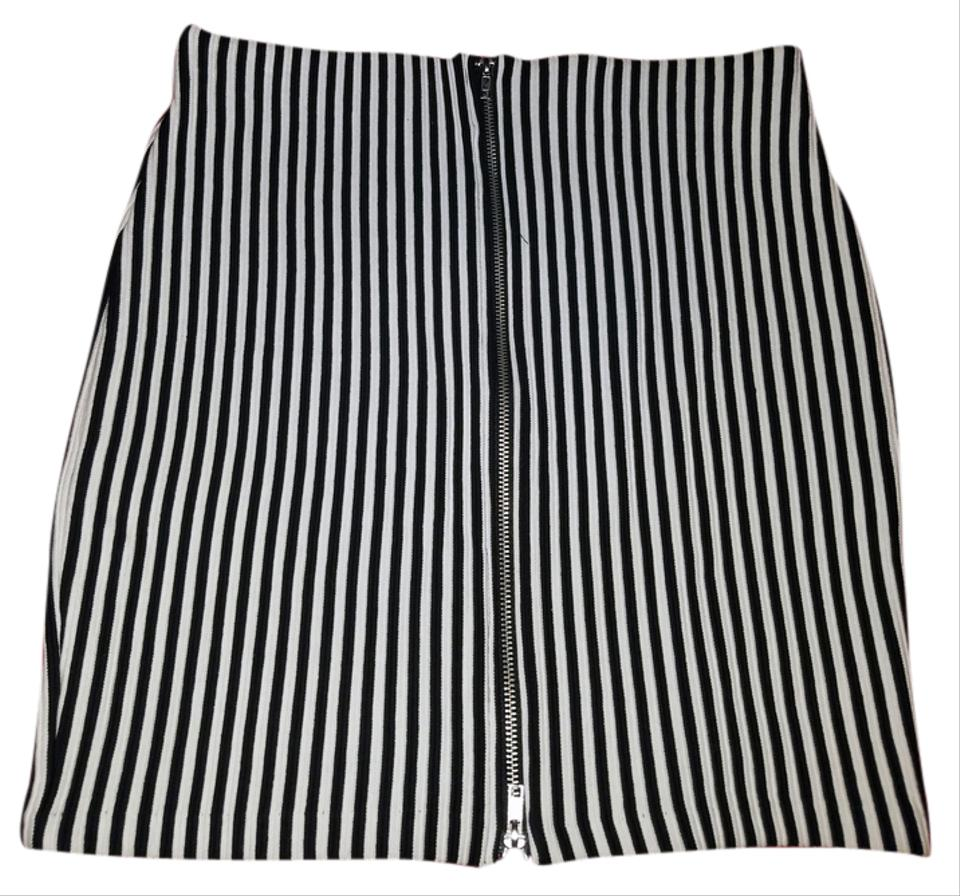 ee8c6c720 Divided by H&M Black/White Stripes Pencil Skirt Size 8 (M, 29, 30 ...