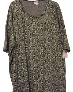 LuLaRoe T Shirt black and gray