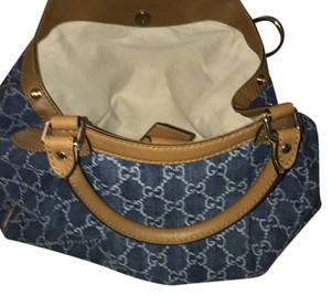 Gucci Satchel in jeans