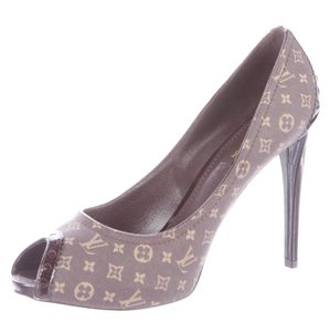 Louis Vuitton Monogram Lv Gold Hardware Peep Toe Platform Brown, Beige Pumps
