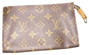 Louis Vuitton Louis Vuitton cosmetic case