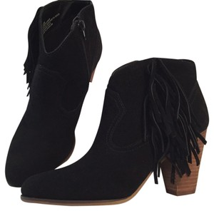 Steve Madden Pet And Smoke Free black Boots