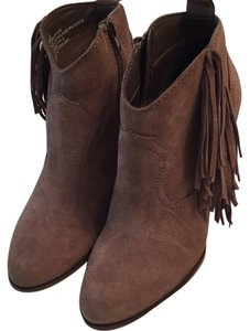 Steve Madden Cian Fringe Pet And Smoke Free Taupe Boots