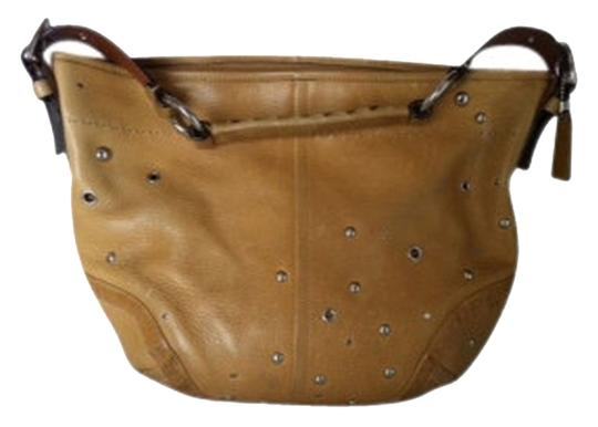 Preload https://item3.tradesy.com/images/coach-soho-studded-pebbled-10932-tan-leather-hobo-bag-203652-0-0.jpg?width=440&height=440