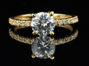 Yellow Gold Charming Round Shape 1.50ct Solid 14kt Engagement Ring