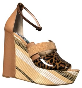 Rachel Roy Wedges