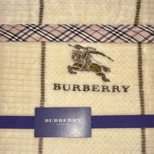 Burberry London Cotton Burberry Logo Blanket with House Check Trim
