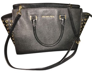 Michael Kors Mk Satchel in Black