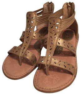 B.O.C. Pet And Smoke Free Leather Thong Style Sandals