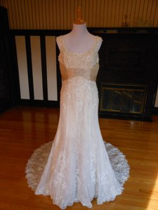 40570 Wedding Dress