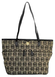 Michael Kors Jet Set Cotton Black Beige Tote in Beige Black