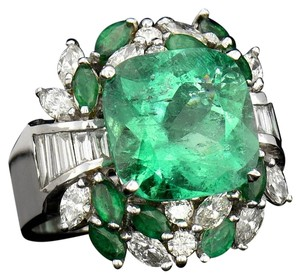 6.43CT NATURAL COLUMBIAN EMERALD 18K WHITE GOLD RING