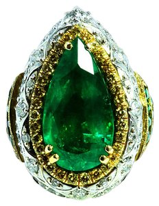 Other 7.35ct NATURAL COLUMBIAN EMERALD 18K WHITE AND YELLOW GOLD RING