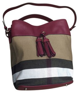 Red Burberry Hobo Bags - Up to 90% off at Tradesy 5e1d570a54b43