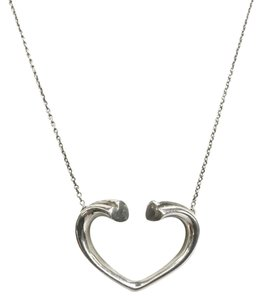 Tiffany & Co. STUNNING!! Tiffany & Co. Paloma Picasso Tenderness Heart Necklace Sterling Silver 16