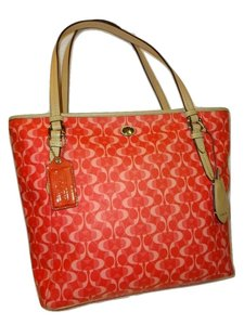 Coach Tote in Coral Pink