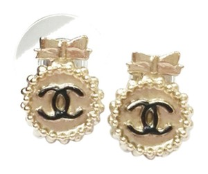 Chanel Authentic Chanel Gold Bow CC Round Small Piercing Earrings