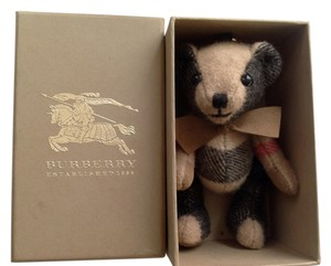 Burberry NWOT Authentic Burberry Thomas Check Bear Charm Key Fob Cashmere