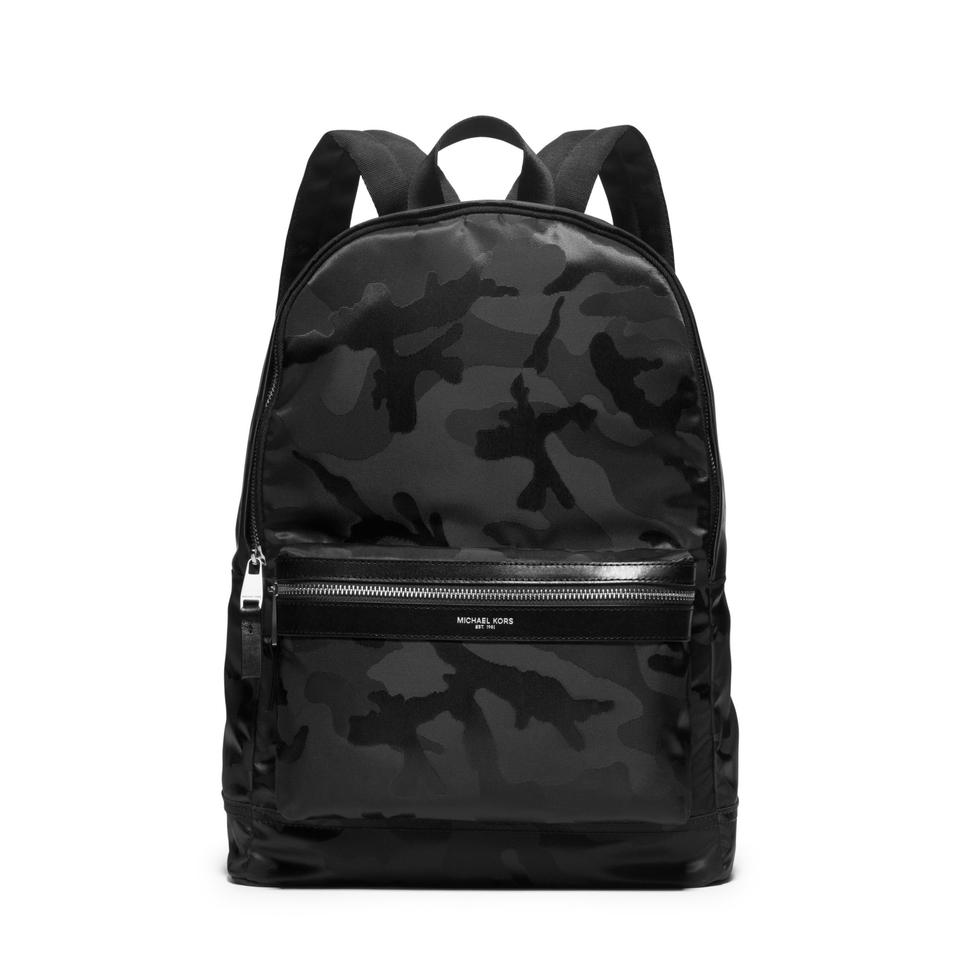 michael kors mens school travel backpack backpacks on sale. Black Bedroom Furniture Sets. Home Design Ideas