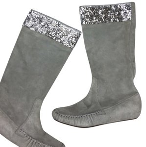 Twisted Heart gray silver Boots