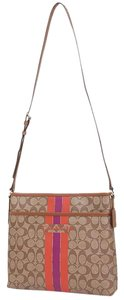 Coach F38402 Cross Body Bag