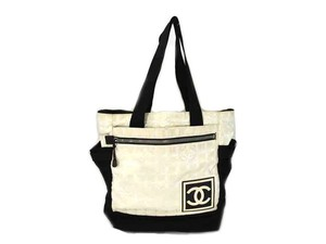 Chanel Two-way Backpack Satchel Unisex Tote in White