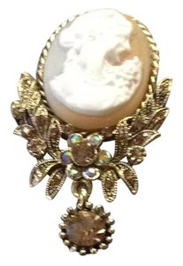 Other Cameo broach