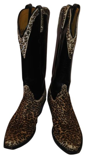 Preload https://img-static.tradesy.com/item/203747/lucchese-leopard-and-black-classics-handmade-bootsbooties-size-us-7-0-0-540-540.jpg