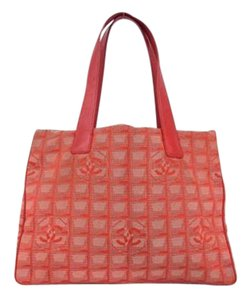 Chanel Cc Quilted Gst Tote in red