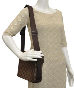 Louis Vuitton Naviglio Olaf Bloomsbury Bosphore Brooklyn Shoulder Bag