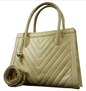 Chanel Diagonal Two-way Tan Gst Shoulder Bag