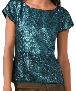 Alice + Olivia Sequin High-low Short Sleeve Girls Night Silk Top blue (teal)