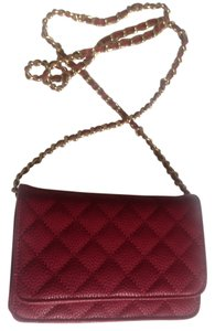 Neiman Marcus Quilted Leather Classic Gold-tone Chain Shoulder Bag