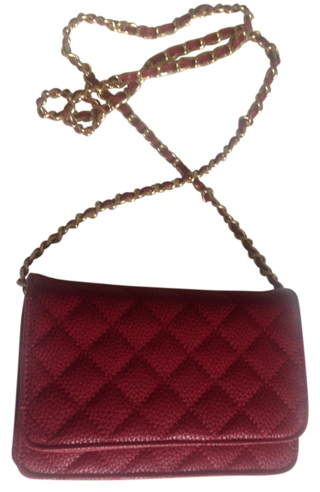 Neiman Marcus Quilted Leather Classic Gold Tone Chain Shoulder Bag