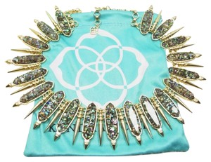 Kendra Scott SALE! LIMITED TIME OFFER! Stunning Kendra Scott Signature Statement Necklace Gwendolyn In Crushed Abalone & Gold